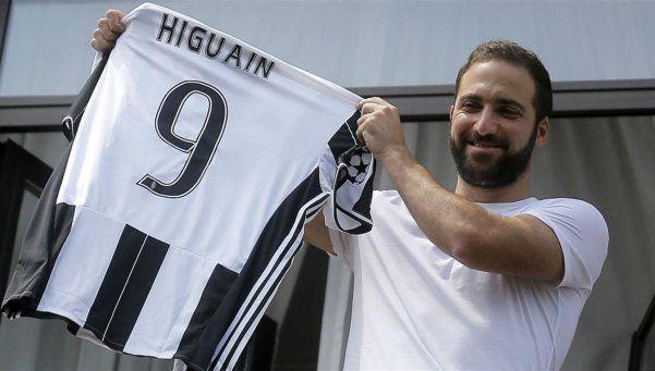 ¿Merecido? Higuaín, el jugador mejor pago de la Serie A