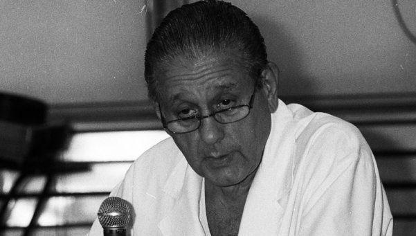 Ironía del destino: Favaloro se suicida con un tiro en el corazón