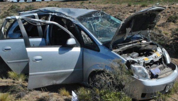 Tres personas fallecieron en un trágico accidente en Corrientes