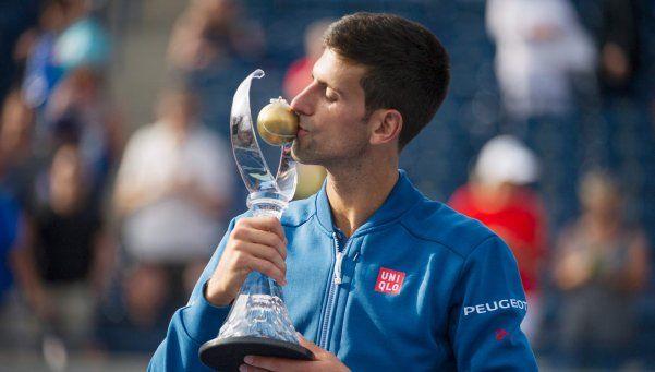 Djokovic venció a Nishikori y se consagró en Toronto