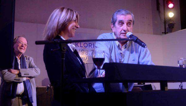 El Negro Álvarez: humor cordobés en La Folklórica