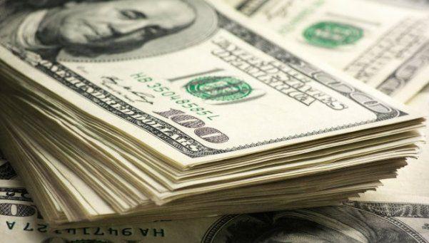 Para el 2017 pronostican una menor inflación y un dólar a $ 18