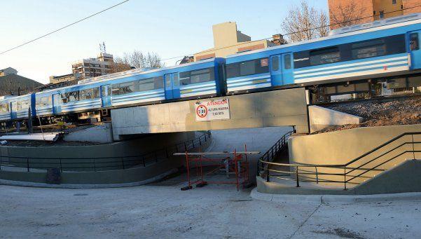Avanza la construcción de un nuevo paso bajo nivel en las vías del Mitre