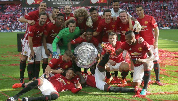 De la mano de Mourinho el Manchester se quedó con la Community Shield