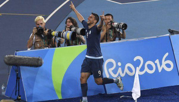 El Sub 23 venció a la débil Argelia con sufrimiento y sigue en carrera