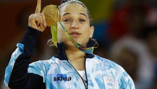 Las medallas olímpicas de oro... son de plata