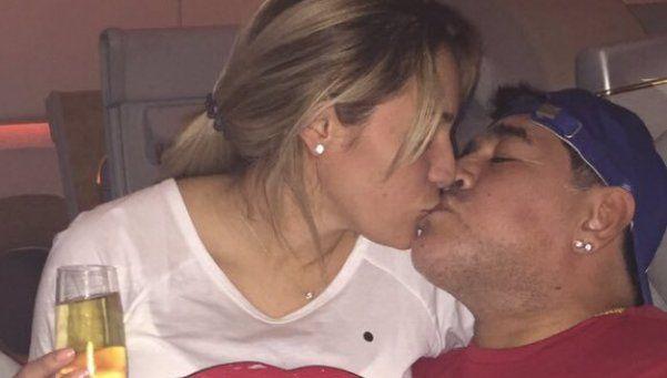 Maradona y Rocío Oliva lejos de la separación