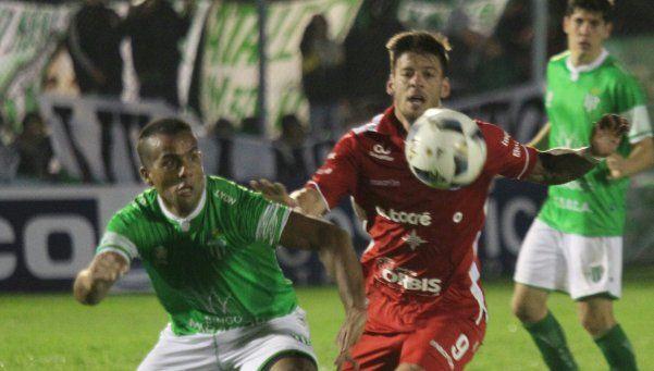 Lafe sumó a Mazacotte y apunta hacia Almagro