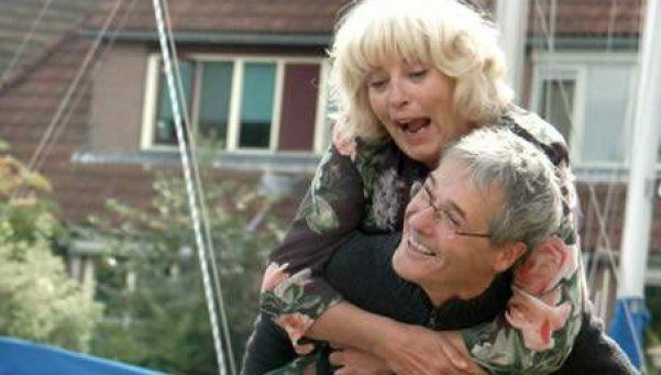 Iniciativas amigables para adultos mayores