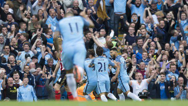 Guardiola debutó al frente del City con un triunfo