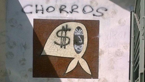 Repudian ataque a mural de las Madres de Plaza de Mayo
