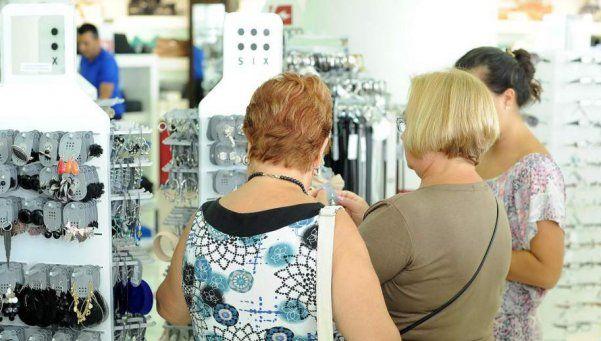 Las ventas minoristas cayeron 7,4% en agosto