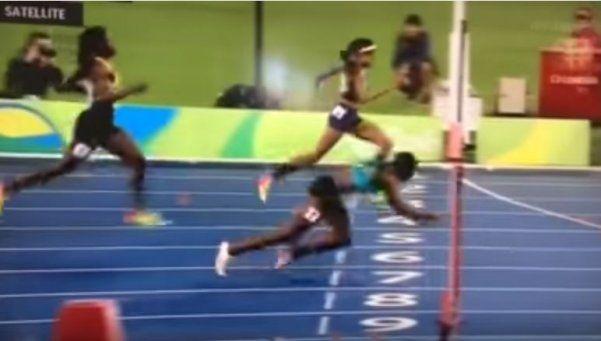 """Se tiró """"de palomita"""" y ganó la medalla de oro por los 400 metros"""