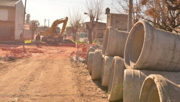 Avances en obra hídrica que pondrá fin a las inundaciones en 9 de Abril