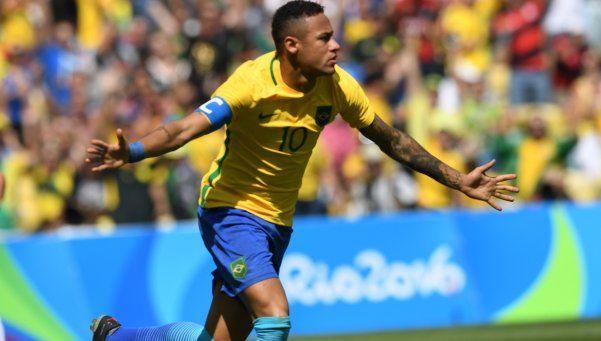 Neymar apareció en toda su dimensión y deleitó al Maracaná