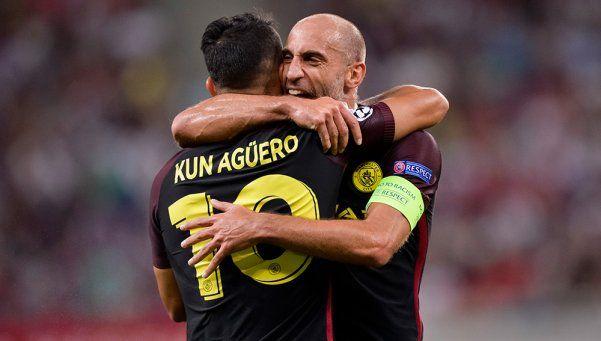 Con un Agüero imparable, el City de Guardiola goleó al Stoke City