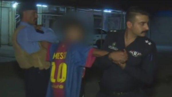 Atrapan a niño terrorista con bomba bajo camiseta de Messi