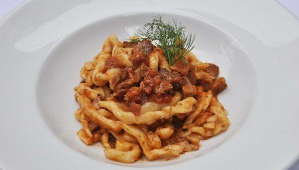 El arte de combinar pasta y salsa