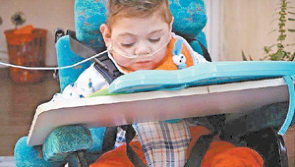 Nene electrodependiente padece por desidia del ENRE