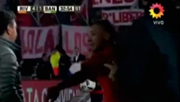 Video | DAlessandro volvió a salir y se enojó con Gallardo