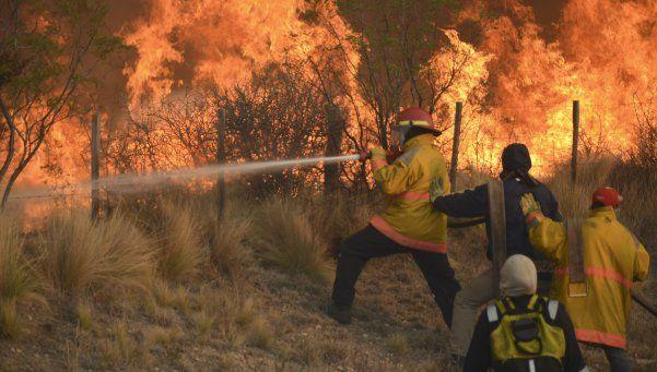 San Luis: incendios ya consumieron 8500 hectáreas