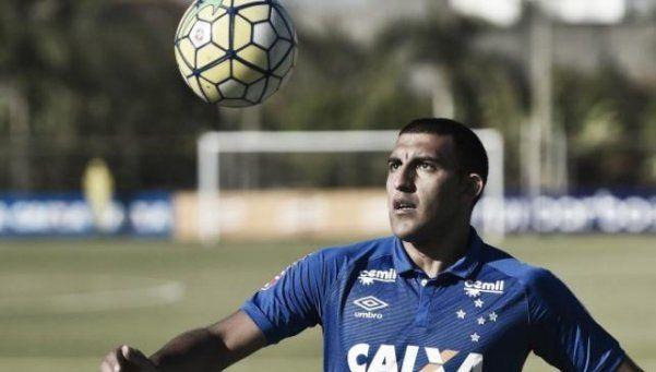 Futbol sudamericano: Abila cambia el Wanchope por Salvador