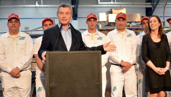 Macri sacó el palo de la rueda y se los tiró a los docentes