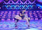 Bailando: la voz de Marama, acosado por maduritas