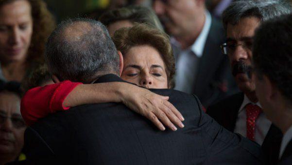 Video | Dilma tras la destitución: Es un Golpe parlamentario, y es sólo el comienzo