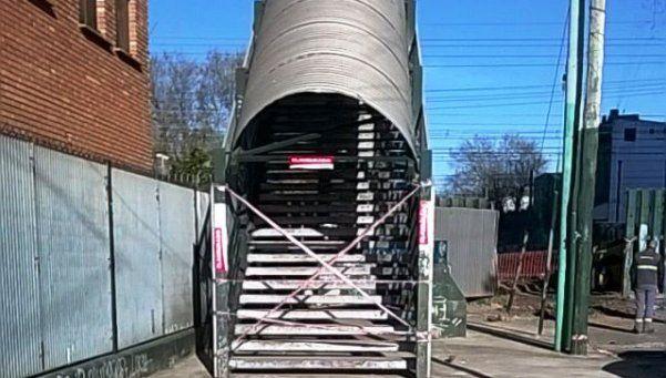 Crece la bronca por cierre de puentes para vecinos de Temperley