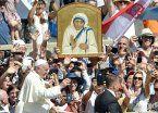 Una multitud asistió a la canonización de la Madre Teresa en Roma