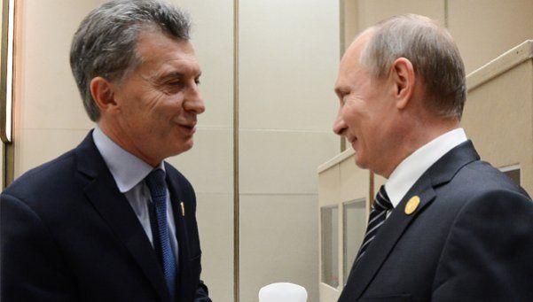 Acuerdos con Putin en torno a una represa e YPF