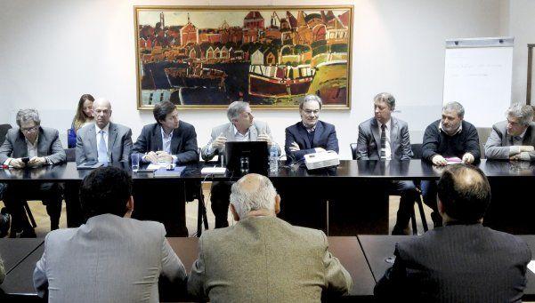 Gas: reunión del Gobierno y consumidores dejó puntos suspensivos