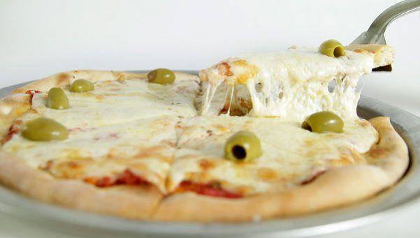 Se viene la semana de la pizza y la empanada