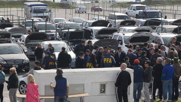 Secuestran más de 240 vehículos por lavado de dinero del narcotráfico