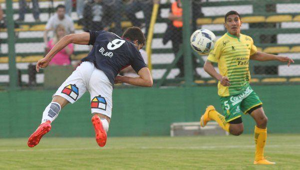San Lorenzo logró su primer triunfo del torneo ante Defensa