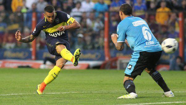 Gol y roja: los frenéticos dos minutos de Tevez