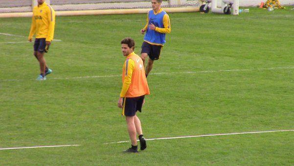 Gago volvió a hacer fútbol después de cinco meses
