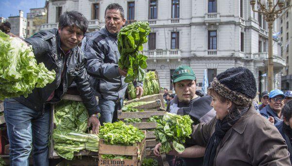 Miles de personas participaron del Verdurazo en Plaza de Mayo