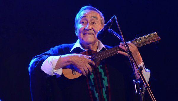 Jaime Torres repasó clásicos del folklore latinoamericano