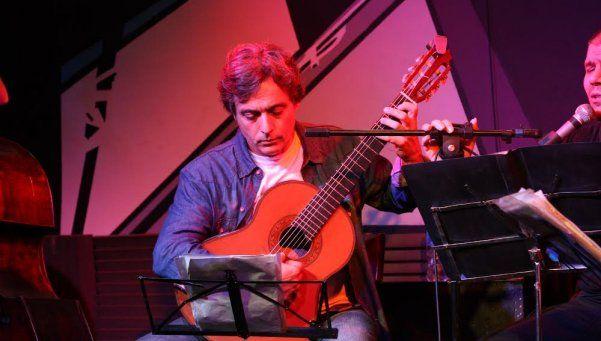 Tango y folklore en las cuerdas de Martín Sánchez