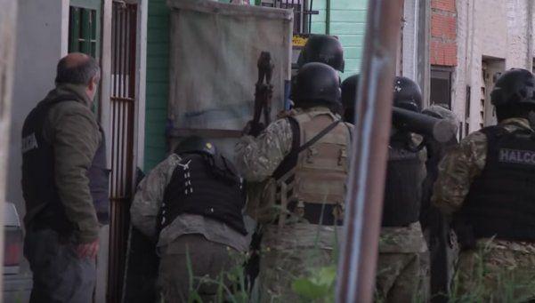 Video | Detienen a barras en impresionante operativo policial en Avellaneda