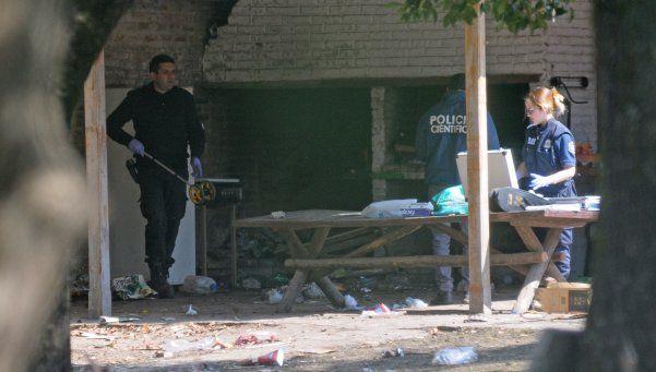 Alcohol, drogas y armas en fiesta clandestina en Moreno: un muerto