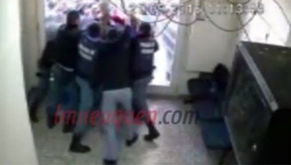 Video | Así le disparó un policía a delegado de la UPCN