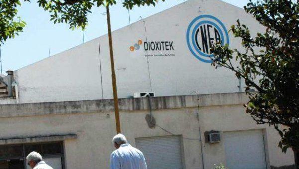 Vecinos de Ezeiza temen traslado de residuos radiactivos al Centro Atómico