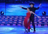Bailando: Bachata, amores y desmentida
