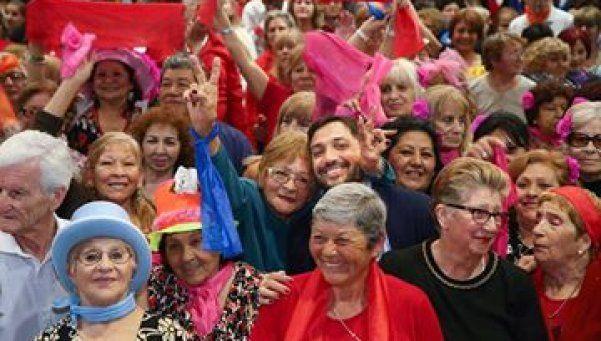 Masivo festejo del Día del Jubilado en Berazategui