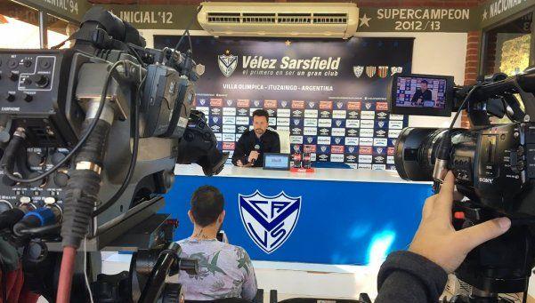 Bassedas confirmó su renuncia a Vélez