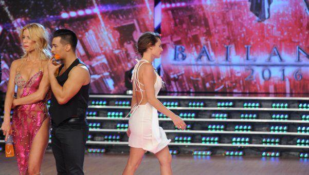 Pampita se enojó con Polino y se fue del Bailando... ¡en vivo!