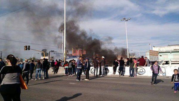 Protesta por crímenes en Virrey del Pino y Villa Luzuriaga